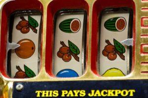 De hoge prijzen van de jackpots